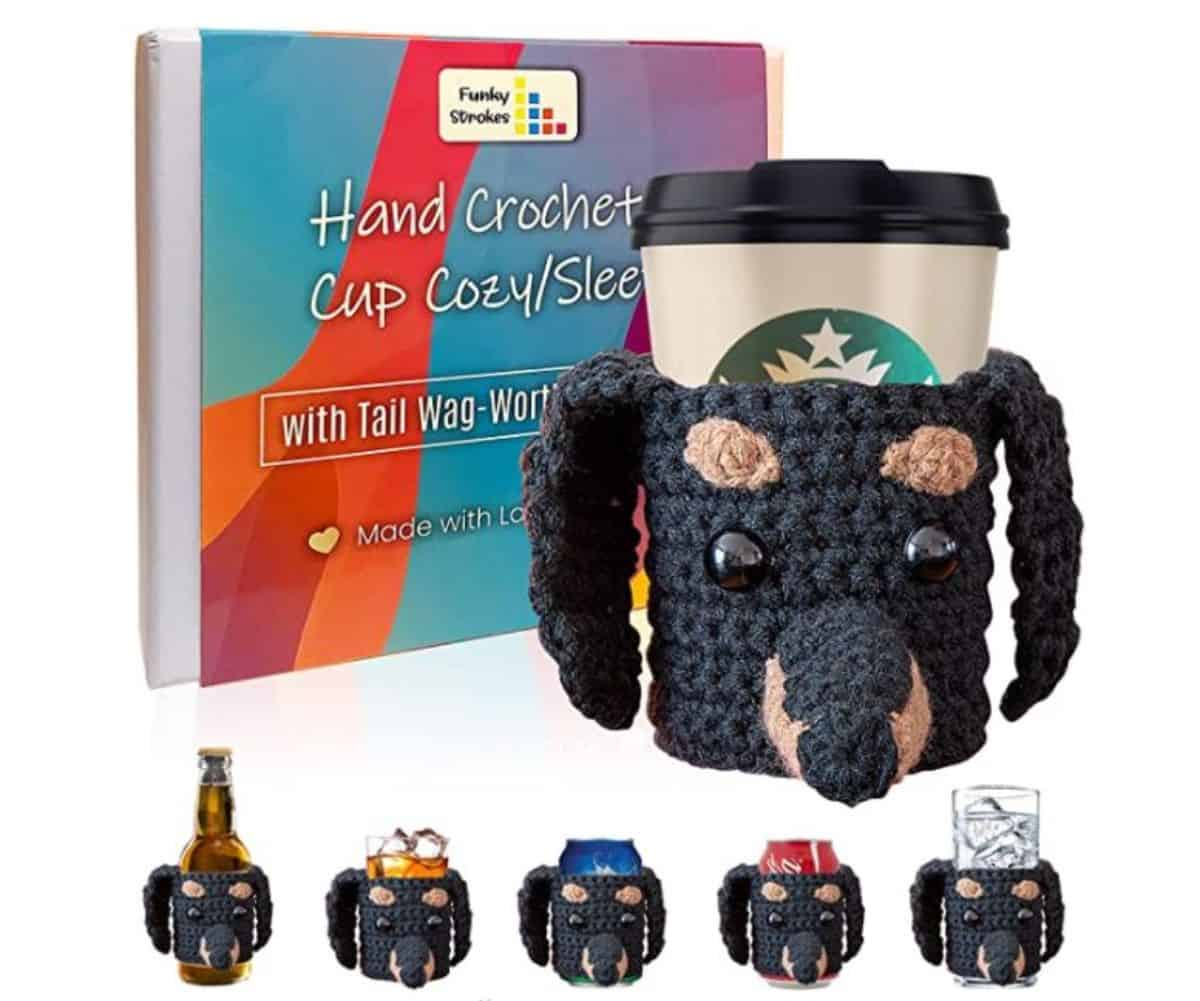 crochet cup hold dog design